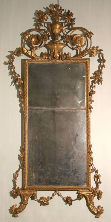 Italian carved and gilded Arabesque mirror
