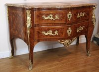 Louis XV commode by B. Peridiez